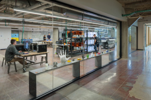 UC 1819 Innovation Hub workspaces