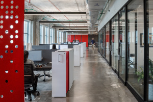 UC 1819 Innovation Hub workstations