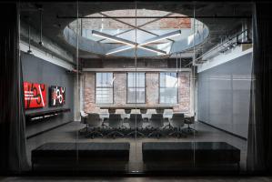 UC 1819 Innovation Hub conference room