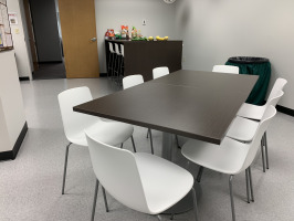 HealthSource of Ohio cafe collaboration space